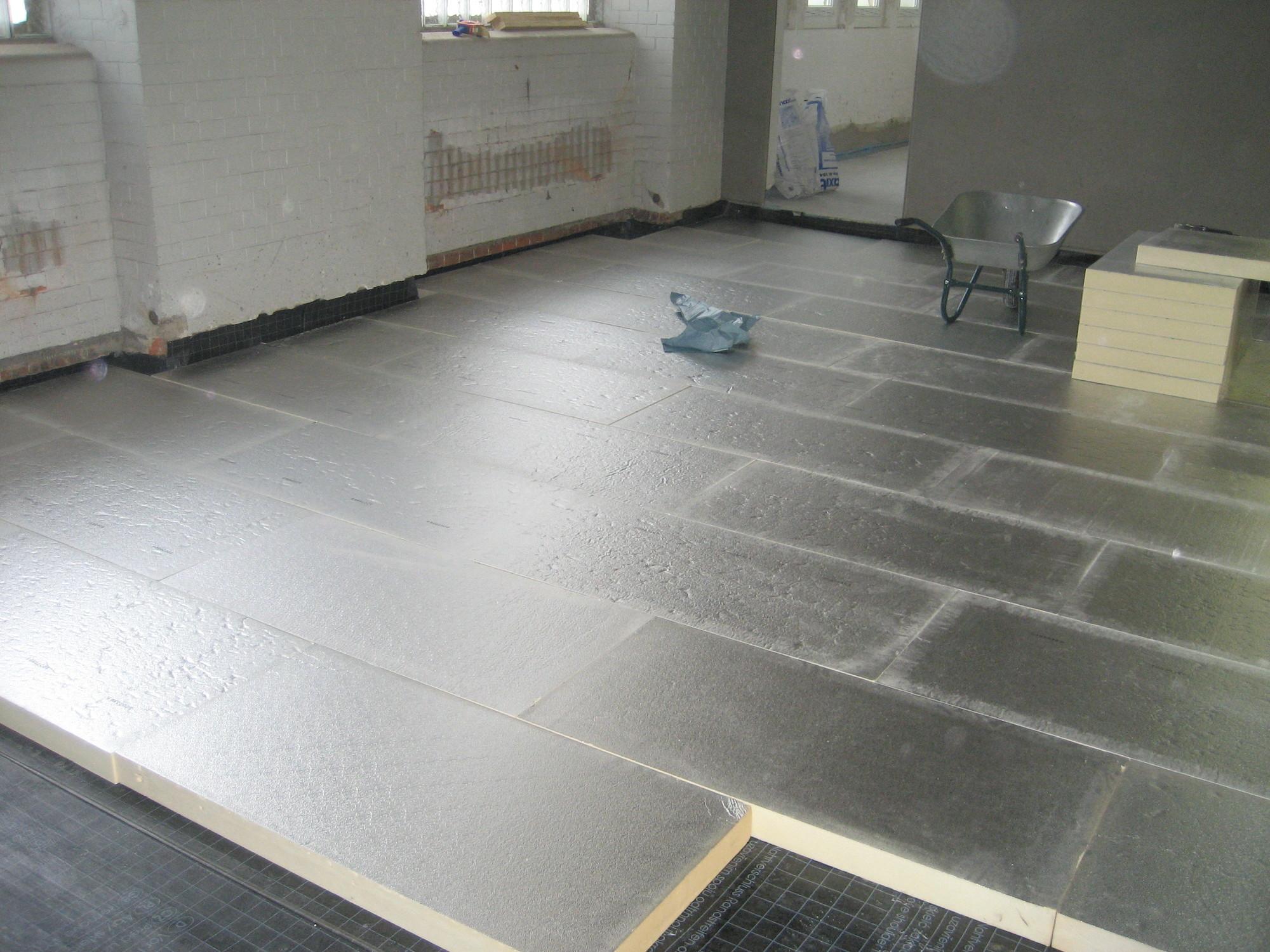 fussboden dmmung wird zwischen balken dmmung gesprht with fussboden dmmung free perlit als. Black Bedroom Furniture Sets. Home Design Ideas